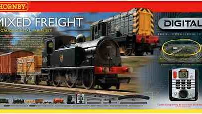 Hornby R1126 Mixed Freight Train Set