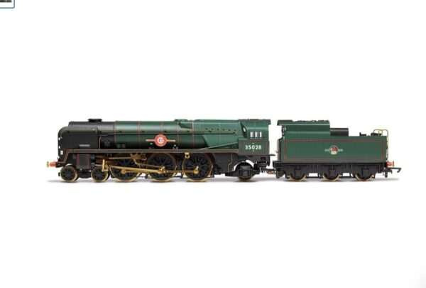 Hornby R3824 Class 8P Merchant Navy 4-6-2 35028 'Clan Line' in BR Green with late crest